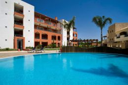Fully furnished apartment in a prime location on an exclusive gated condominium in Vilamoura